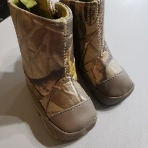 Realtree Booties